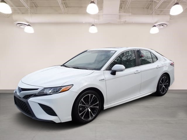 Certified Pre-Owned 2018 Toyota Camry Hybrid Hybrid SE