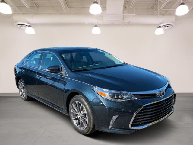 Certified Pre-Owned 2016 Toyota Avalon XLE Premium