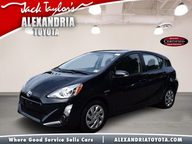Certified Pre Owned 2015 Toyota Prius C Two 5d Hatchback In