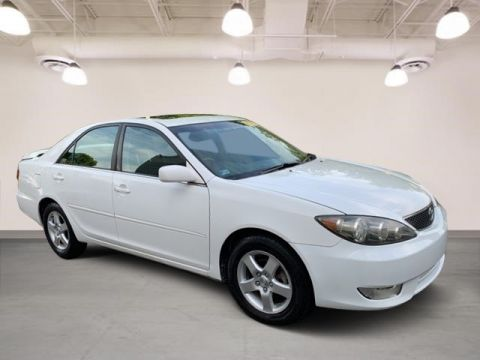 Pre-Owned 2005 Toyota Camry SE